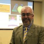 La química supramolecular y sus posibles aplicaciones fue el tema de la charla del profesor Fernando Mendizabal