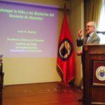 Serie titulada «conferencias del instituto de chile»: «prolongar la vida y las bacterias del desierto de atacama», dictada por el prof. Juan A. Asenjo, presidente de la academia de ciencias
