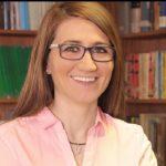 Doctora María Molinos Senante es distinguida con el Premio Excelencia 2016